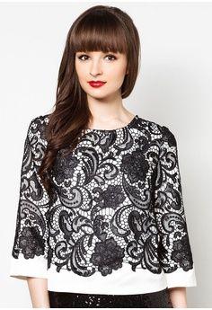 Lace Overlay Kimono Top