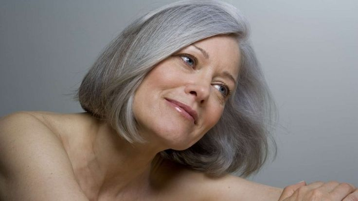 WHAT IS THE BEST SHAMPOO FOR GREY HAIR, ACCORDING TO WOMEN OVER 60?