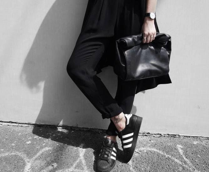 25 best adidas superstar schwarz ideas on pinterest. Black Bedroom Furniture Sets. Home Design Ideas