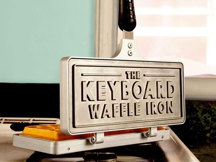 Keyboard Waffle Iron - MadeofMillions.com