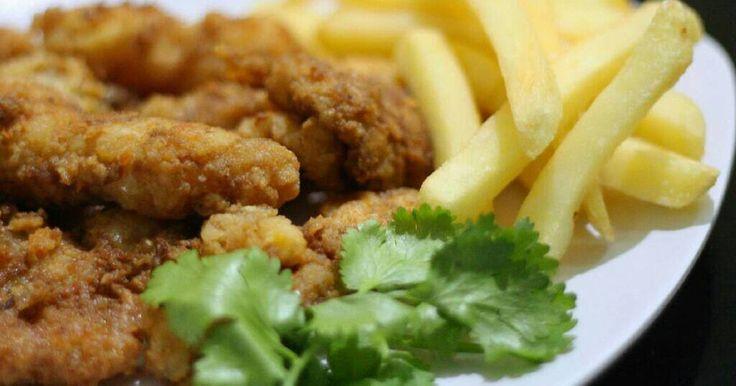 Resep Fish & Chips favorit. Untuk masak menu sederhana dan cepat , ini paling ok , pilihannya  Ikan dori goreng dengan kentang goreng