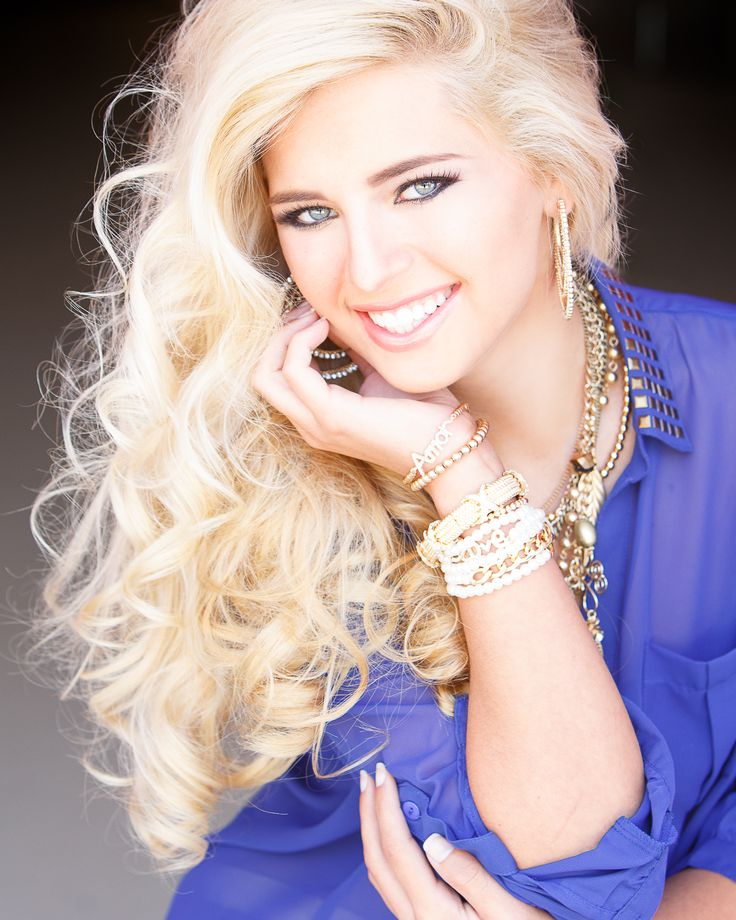 Absolutely love this picture. Big messy curls and stacked jewelry. What to Wear for Pageant Headshots