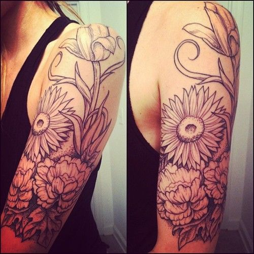WOW I love this!! Very very close to what I'd like my half sleeve to look like soon, but with a little color :)