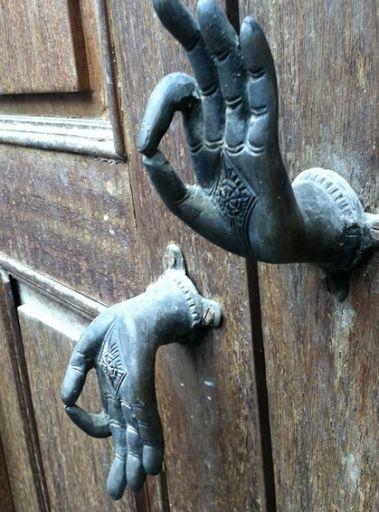 Thai door handle & bell