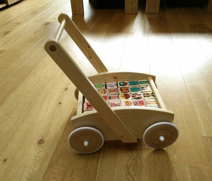 houten blokkenkar / loopwagen