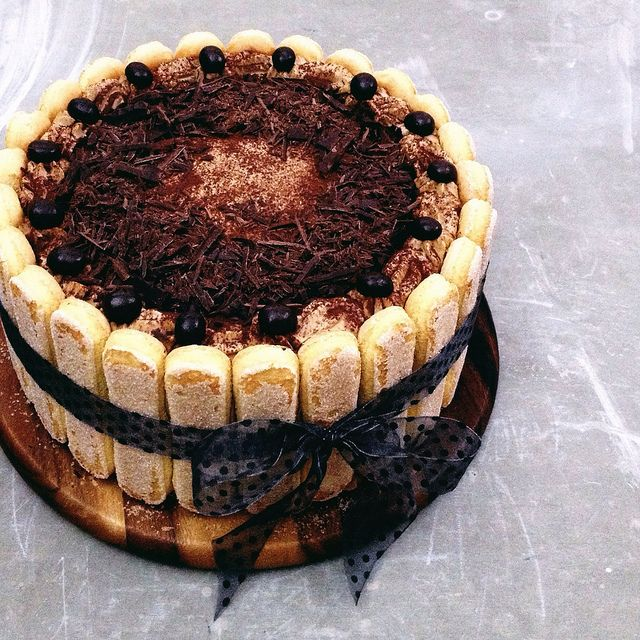 "Tiramisu Cake. ""...no alcohol here, as a true Italian will tell you the original tiramisu is without any liqueur..."""
