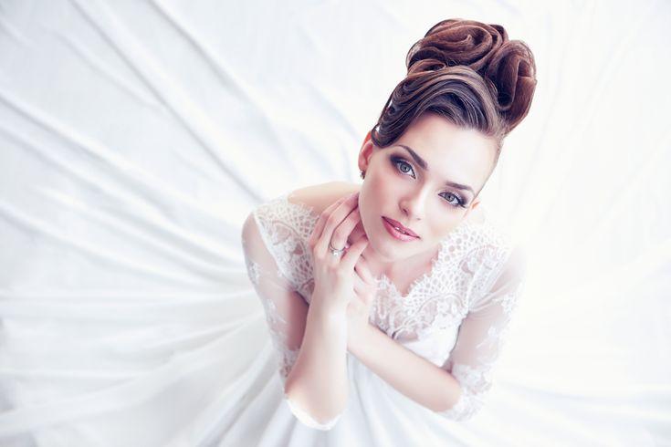 結婚式の髪型選びに迷ったら…オシャレ芸能人の可愛すぎるヘアスタイルを真似しよう♡
