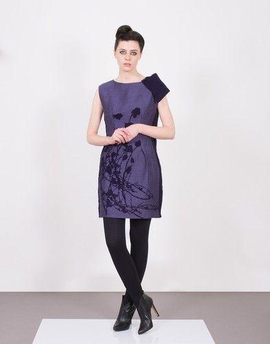 #purpledresses #kimonodresses #dresses #blackdresses #shortdresses #wrapdresses #winterdresses #officechic #officedresses #workgirl #japanesefloralprintdresses