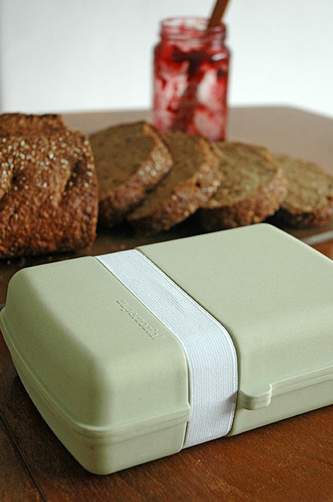 LUNCHTIME! Lunchbox, design Remco van der Leij. Suitable for 4 sandwiches
