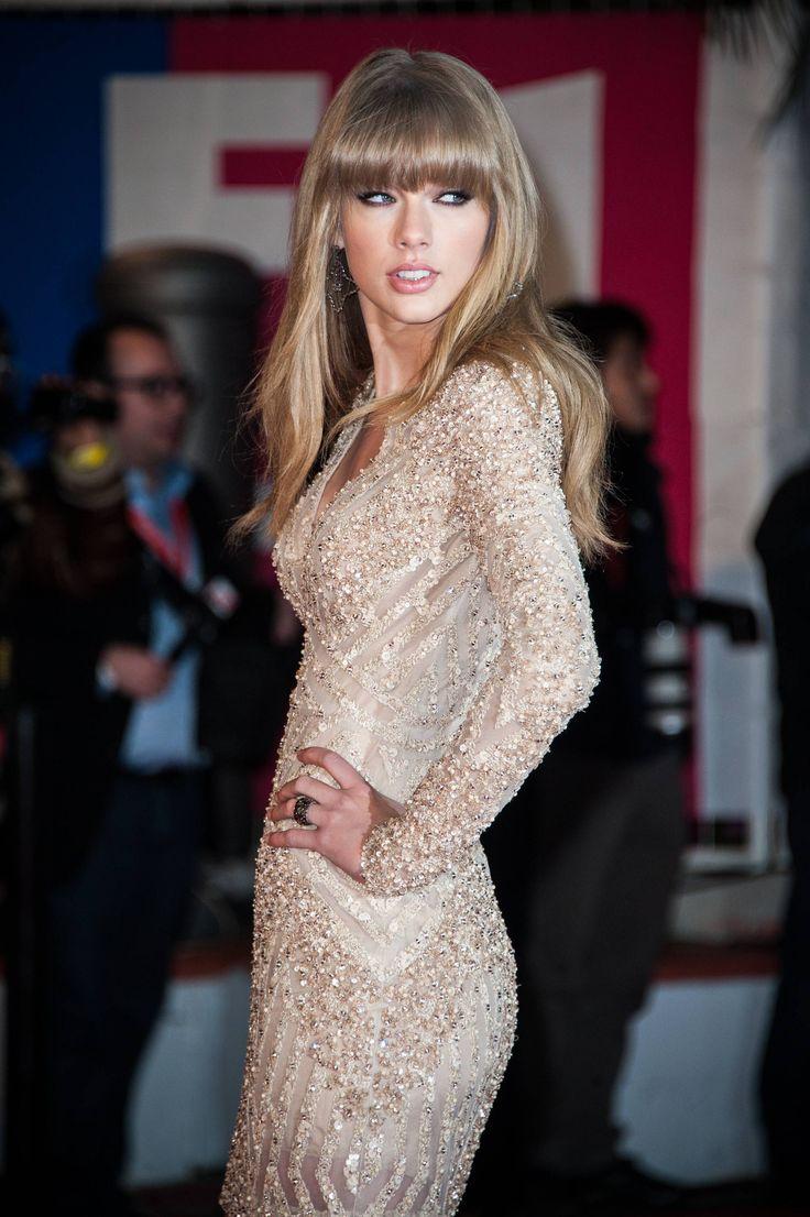 Happy 24th birthday Taylor Swift!!!