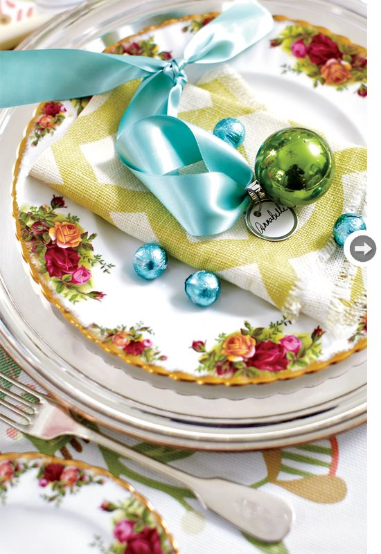 An Ornament can transform a table setting into a festive Holiday table