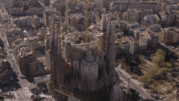 A One-Minute Visualization Of The Completed Sagrada Família Cathedral In SpainIn Barcelona, Spain, the famous unfinished Sagrada Família cathedral has released a new video that illustrates how the completed cathedral will look like.
