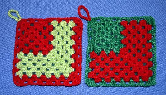 Agarraderas motivo navidad en tejido crochet.