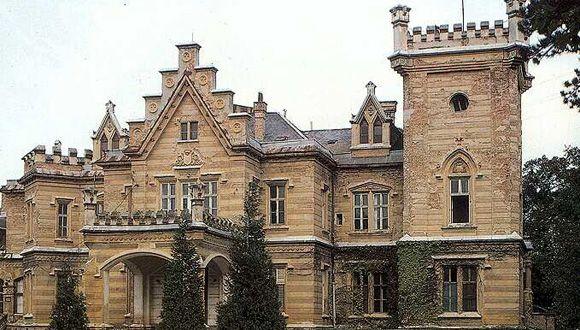Nádasdy Castle, Nádasdladány