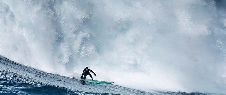 Nazaré Big Wave Event 2016