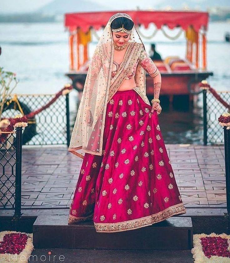 Mejores 22 imágenes de Bridal Lahnga en Pinterest | Moda india ...