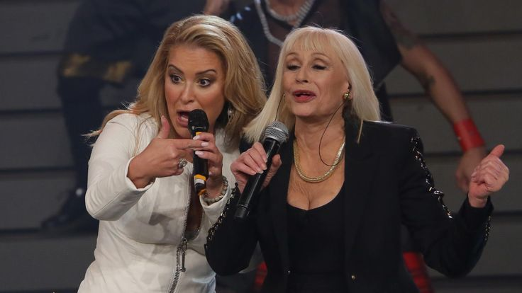 NEWS: On February 20, Rai Uno broadcasted for the very first time the appearance of Anastacia on the Italian tv show Forte Forte Forte with Raffaella Carrà. Visit our website and find lots of photos: www.anastaciafanclub.com.pt - Video coming soon! Stay tuned.