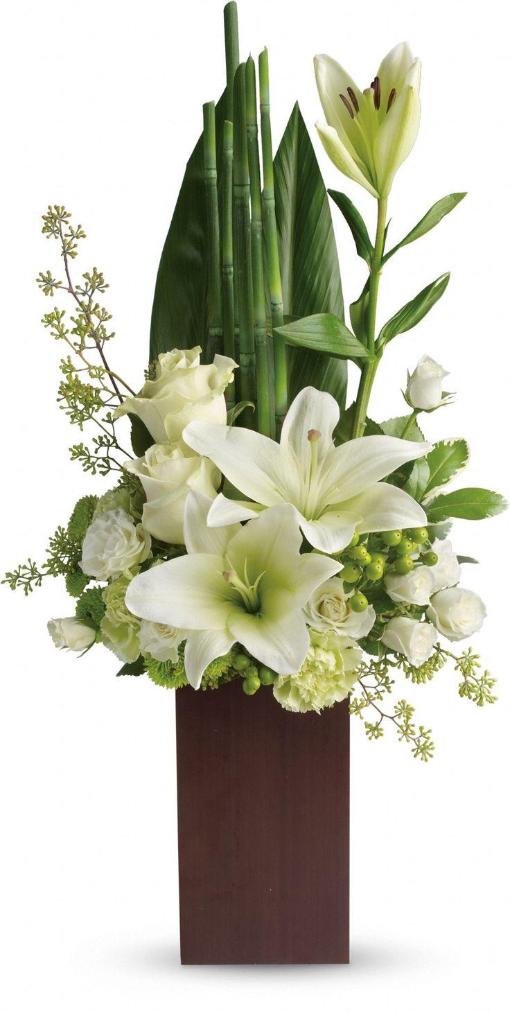 Arreglo corporativo en flores blancas ideal para cualquier decoración