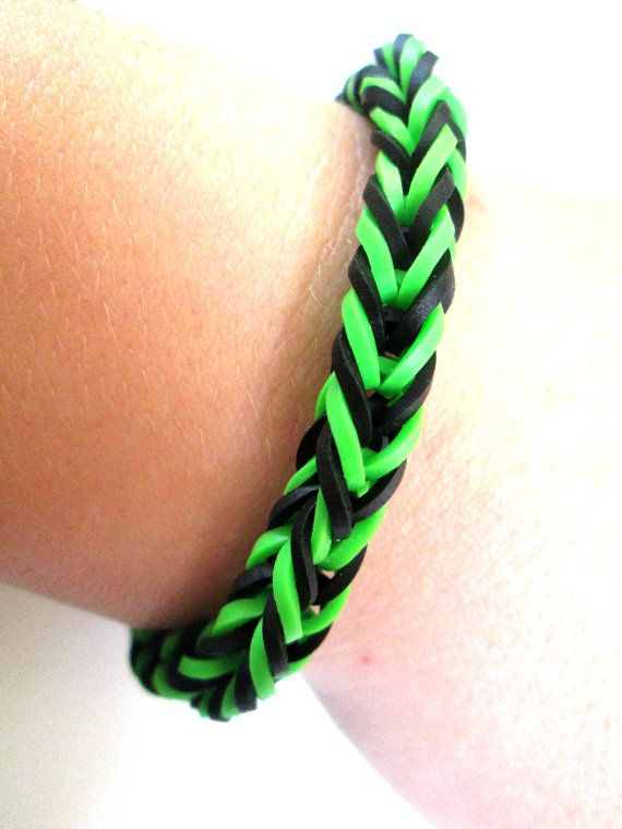 Rainbow Loom Bracelet Black and Green Fishtail by LetsBandTogether, $2.50