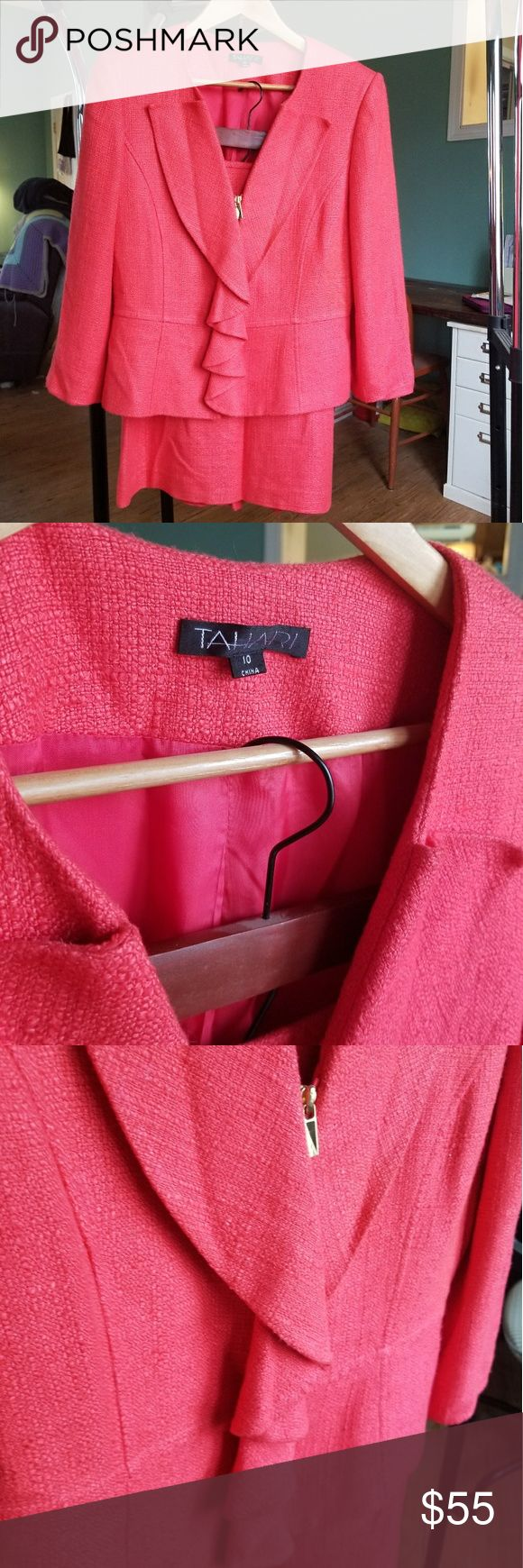 """Modern Coral Wool Tahari Skirt Suit This suit is a stunner! Bright, modern, and feminine it really stands out for all the right reasons! A nice soft wool, and not as bright in person--more orange in person. High quality, well made suit. Does have normal wear, but well loved and taken care of.  Zipper front, no pockets. Tahari, size 10.   Measurements from flat:  Blazer: Bust 18½"""" /  Waist 17½"""" / Length 21½"""" Skirt: Waist 16"""" / Hip 19½"""" / Length 24¾"""" From a pet friendly & smoke free home…"""