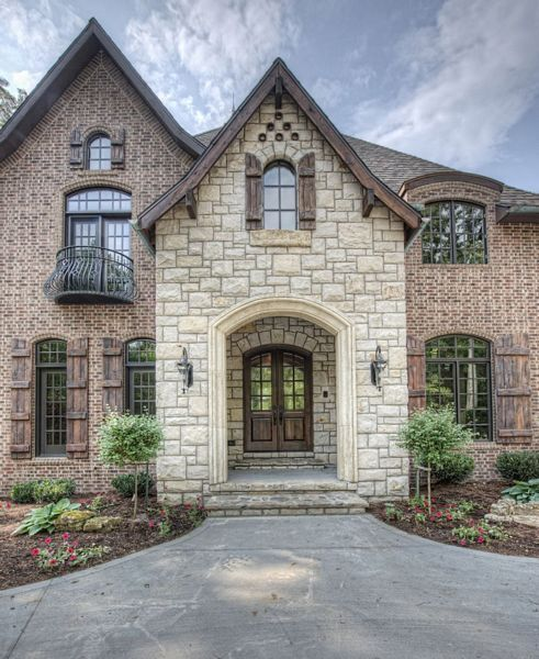 365 best images about beautiful facade ideas on pinterest for French country brick exterior
