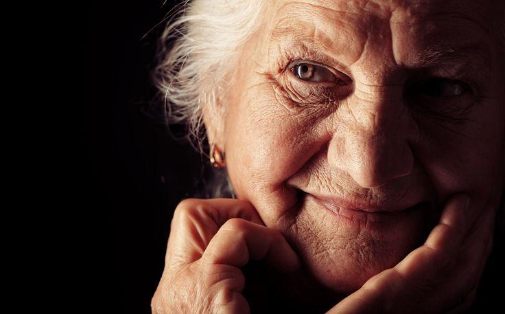 """""""Dacă o relație este secretă, nu ar trebui să fii în ea."""" 45 lecții de viață scrise de un om la 90 de ani"""