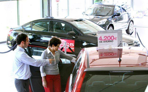 Qué caracteriza a un comprador o cliente. http://w-75.com/2014/05/28/caracteristicas-comprador-cliente/