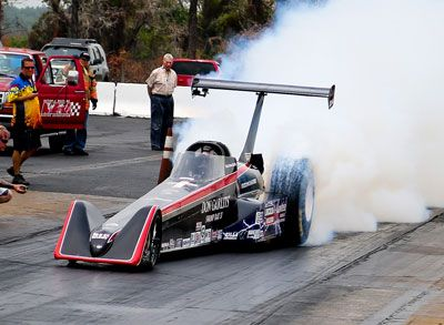 Don Garlits . . . Swamp Rat 37 . . . Electric Dragster set new record 7.258, 184.01