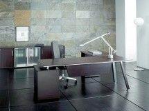 Modern ofis mobilyası, ahşap kaplamalı vip makam takımı. Eskitilmiş çizgilerle modern tasarım, kolay çalışan çekmeceler, modern makam dolabıyla birlikte eşsiz makam takımı.