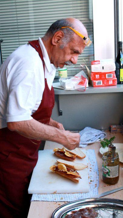 Osteria 2.0 - Prima Edizione, 2010. Il mago dei panini sta creando...
