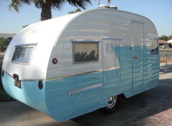 Cute vintage caravan