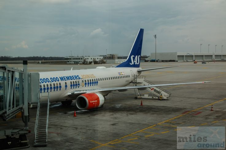 "SAS Boeing 737-800, LN-RCY, ""Eilige Viking"", Erstflug 25.01.2001 - Check more at https://www.miles-around.de/trip-reports/economy-class/anreise-nach-oslo-mit-sas/,  #Boeing #Boeing737-800 #MUC #OSL #SASGo #SASScandinavianAirlines #Trip-Report"