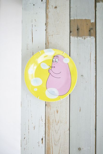 barbapapa bloowing bubbles for afra by wood & wool stool, via Flickr