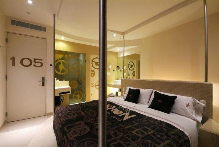 17 migliori idee su specchi per la camera da letto su - Letto che si chiude ...