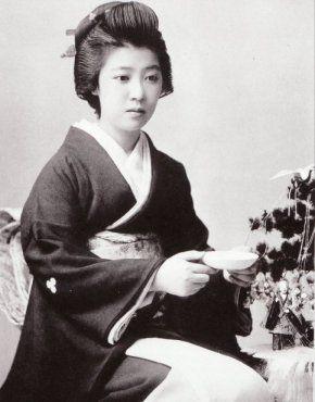 新橋新恵比寿家の芸妓、栄龍さん 明治の美女たち : 野菊のハッカー