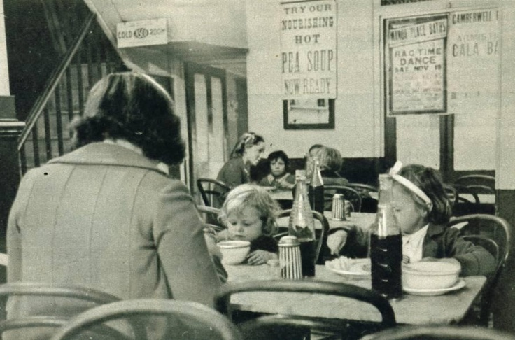 1938- Burroughs Eel and Pie Shop in Lambeth Walk, South London.
