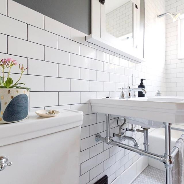 There Are So Many Inspiring Bathrooms Out There This Morning I Rounded Up 9 That Had An Influence On Our Remodel Find Them Remodel Bathroom Rustic Bathroom