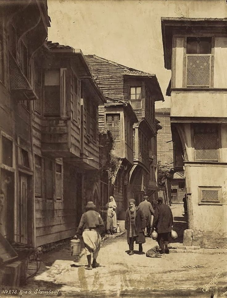 Vintage photos of Istanbul, Turkey from 1870s-1900s, taken by Swedish photographer Guillaume Berggren.