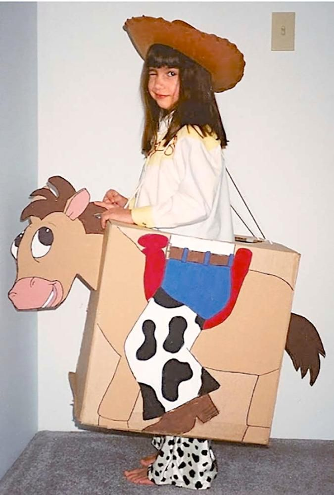 5 DIY Halloween costumes made from cardboard boxes