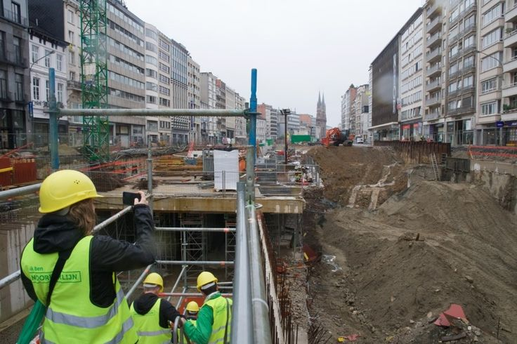 """Iets meer dan een maand na de """"knip"""" in de Antwerpse Leien voor de werkzaamheden aan en onder het Operaplein, verlopen de werken volgens schema en is de aa..."""