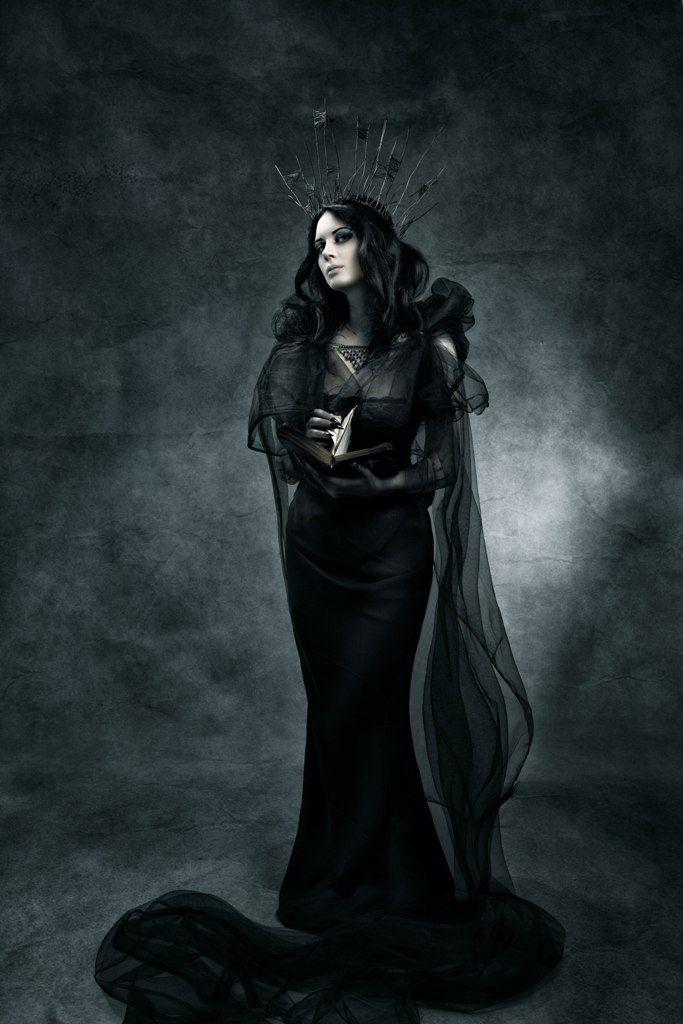 25+ best Dark gothic art ideas on Pinterest | Gothic art ...