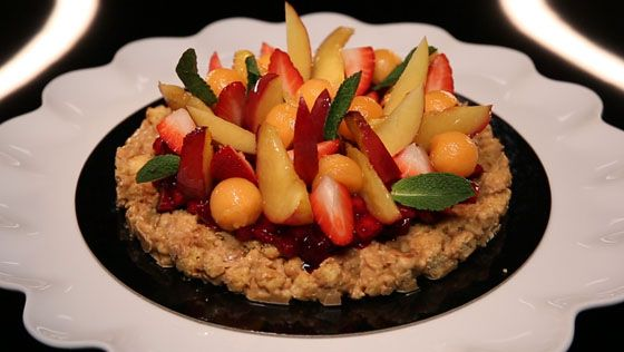 - Croustillant- « Caviar » de fruits rouges- Nectarines