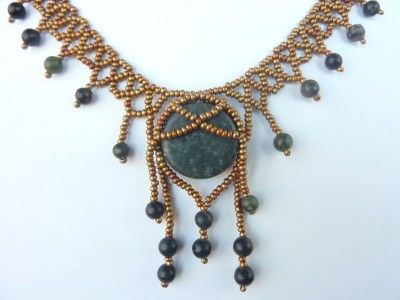 FREE beading pattern for Tribal Net necklace made with a 20mm flat round bead, 6mm beads, and seed beads.