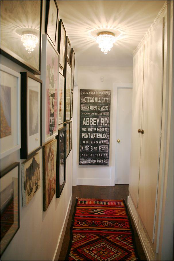 カーペットだけじゃない♪狭い廊下をもっと愛せるようになる3つのデコレーションアイデア