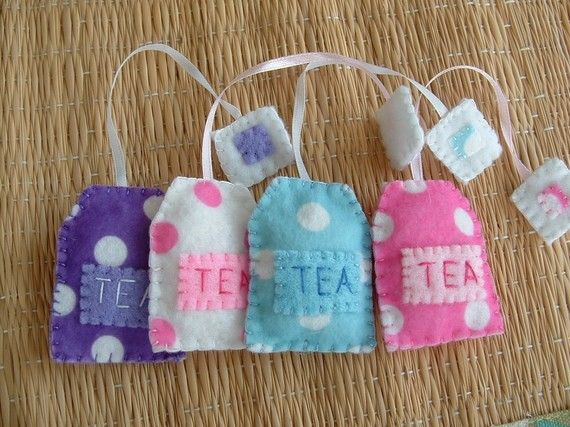 tea bags ...I want to make these for Ava & Aubrey (@Melissa Aubrey & @Suzanne Keen