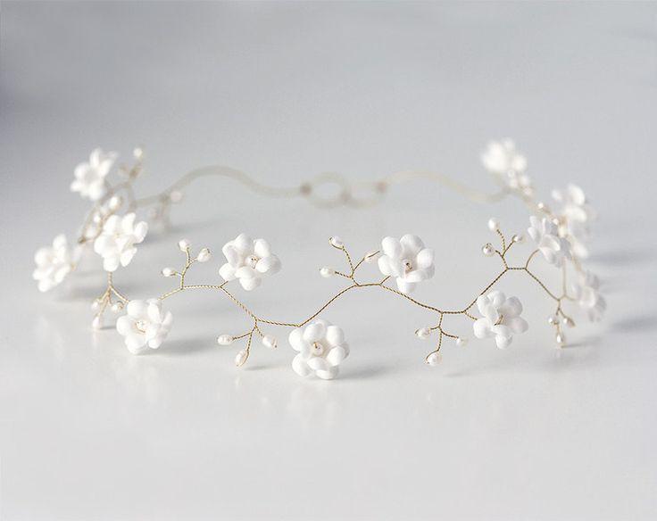Blumenmädchen+Krone,Blumenmädchen+Haar-Accessoires+von+Arsiart+auf+DaWanda.com