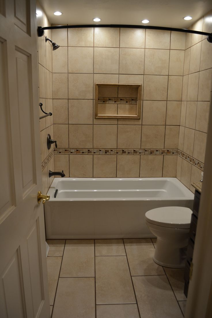 Ceramic Tile Tub Surround With Niche And Mosaic Accents