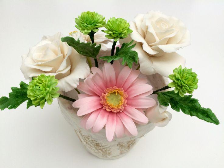 Crisantemi, rose r gerbera in pasta di zucchero #sugarflowers #spaziocri  #instaflowers #instalike