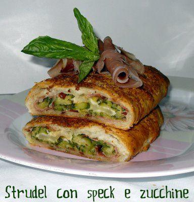 strudel con speck e zucchine INGREDIENTI 3 zucchine 1 rotolo si sfoglia 80 g di scamorza a fette sottili 100 g di speck Parmigiano