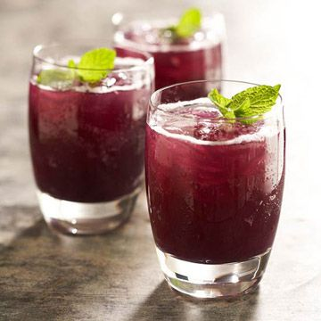 Grape-Pineapple Mint Fizz.  Need to find out if unsweetened grape juice is Whole30 compliant!